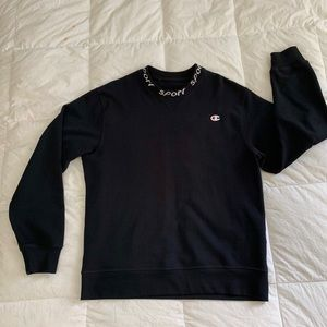 Champion Sweater Size L